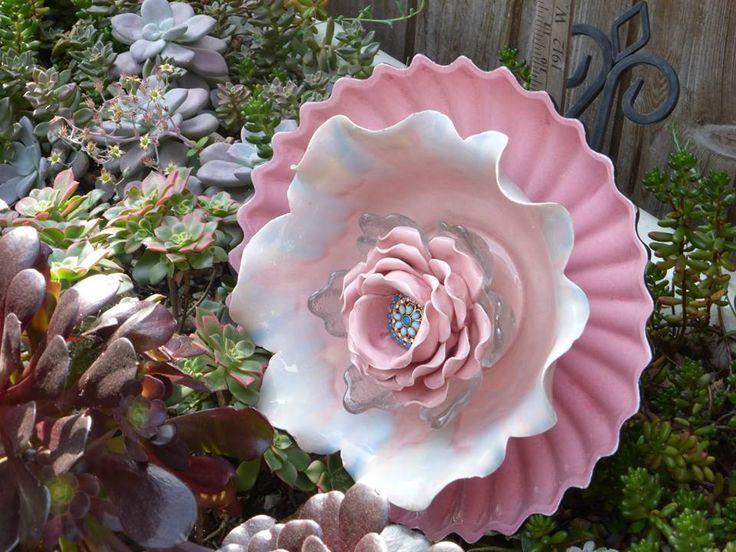 Garden Yard Art Glass And Ceramic Plate Flower