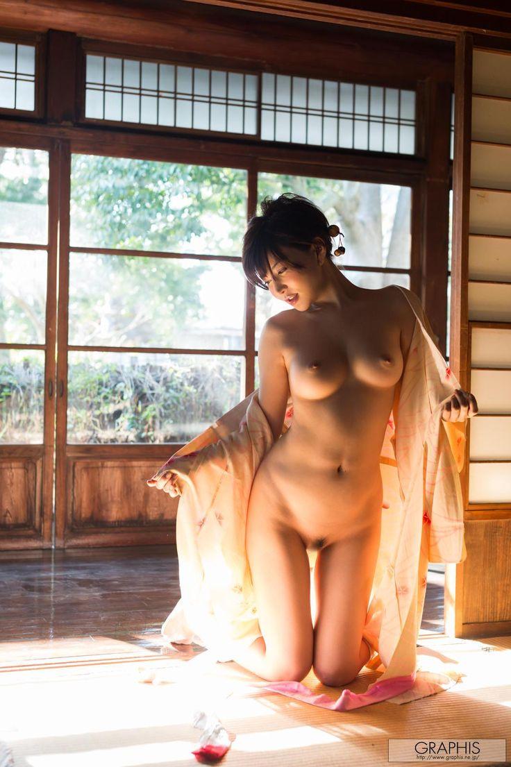 yuria-satomi-nude-kimono-graphis-12.jpg (1065×1600)
