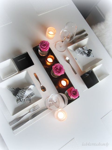 La Dolce Vita /table setting for two