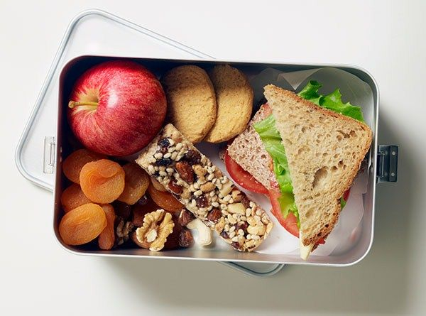 How and what to pack in your lunch box to ensure you're well fuelled for the day.