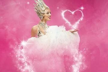 Lido de Paris Valentine's Day Dinner and Show http://www.viator.com/tours/Paris/Lido-de-Paris-Valentines-Day-Dinner-and-Show/d479-5091VALENTINES?aid=pin1