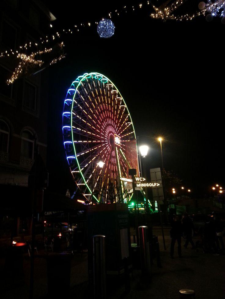 """kerstmarkt """"Reuzenrad aan de kade"""" Antwerpen 2015"""