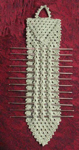 Elegant Metal Crochet Hook Holder: pattern for purchase