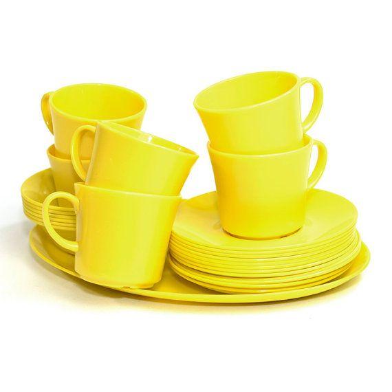 #Vintage #Yellow #Texas #Ware #Melmac #Dinnerware Set 25 Pieces! #MidCentury #Retro #Kitchen by OneRustyNail on #Etsy