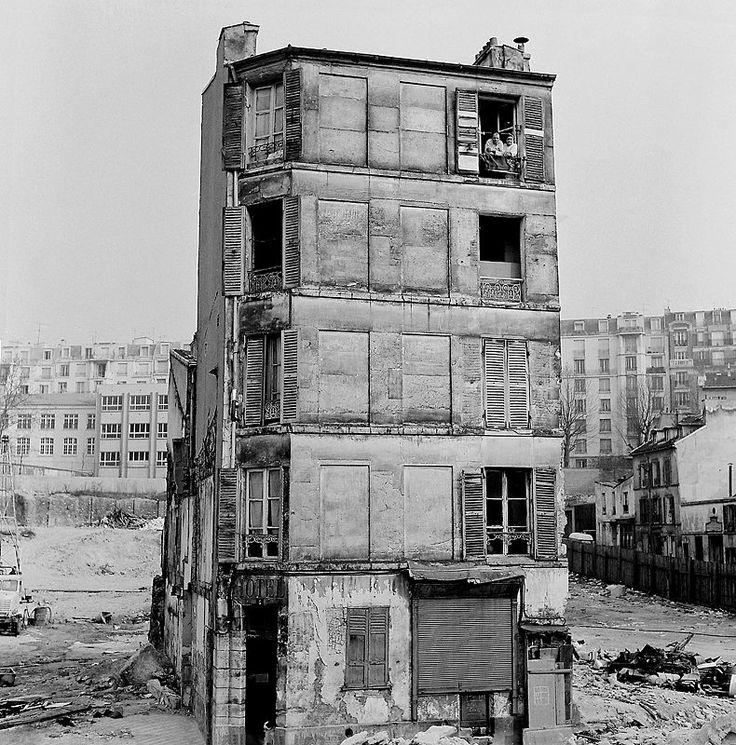 As long as there is hope / Tant qu'il y a de l'espoir, Belleville Paris (Van Liendenèque Couronnes @PFRunnerer)