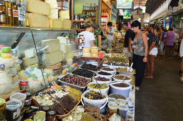 Join us for a cooking holiday in Crete and experience the very best of local produce and culture. Flexible programmes with visits to local producers. http://www.handpickedgreece.com/an-artisan-cooking-holiday-in-crete/#sthash.BN5JUFvI.qjtu