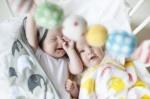 LittlePhant Jersey blanket & Baby Comforter set    Soft cotton jersey blankets/Weiche Baumwoll-Jersey Decken & Baby Comforter/Trost-Schnuffeltuch    Wenn dein Baby schläft. Träumen es seine Träume.    Wenn der Wind kühl ist. Oder die Sonne zu stark ist.    Wenn dein Baby den Geruch von vertrauten braucht .    Nur für eine Weile.    Wickel dein Baby und halte es sicher. In eine Decke aus der Welt von Littlephant.