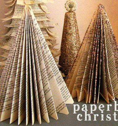 DIY Paperback Christmas tree - upcycling craft // Karácsonyfa könyvlapokból - kreatív újrahasznosítás // Mindy - craft tutorial collection // #crafts #DIY #craftTutorial #tutorial