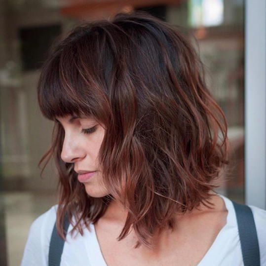 27 Short Hairstyles To Try In 2021 Thick Hair Styles Curly Hair Trends Bobs Haircuts