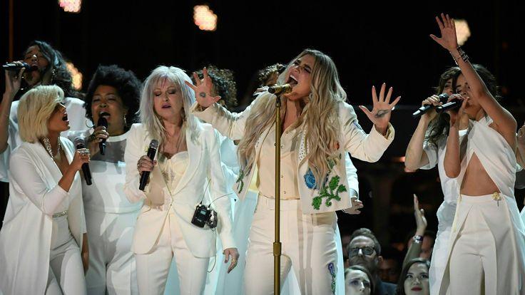 Chris Brown, Nicki Minaj Kick Off BET Awards With 'Love More' - MTV
