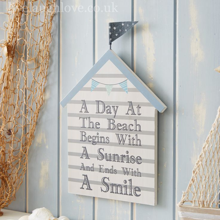 Beach hut wooden picture a day at the beach cute for Beach hut decoration ideas