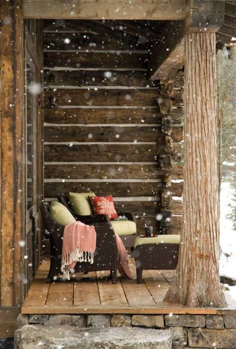 Blankets, tea/coffe, comfy chairs & snow at a log cabin. Dreamy.