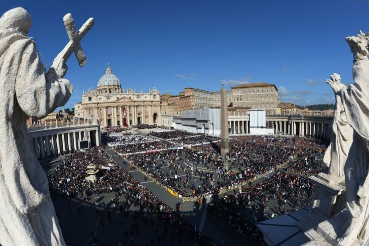 St. Peter's Square is filled for the installation of Pope Francis. 19 March 2013