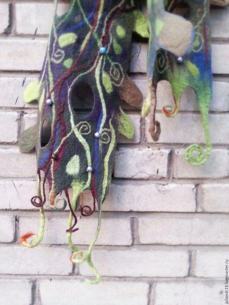 """Купить """"В ночь на Ивана Купалу"""", мягкий шерстяной шарф с декором - тёмно-зелёный, цветочный"""