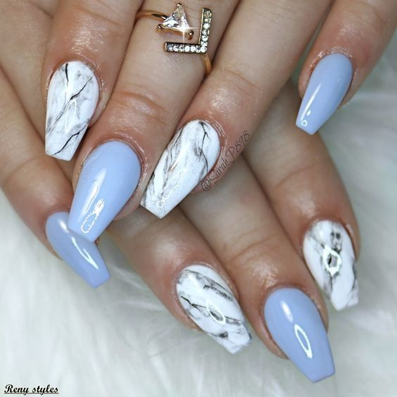 15 Trendy and Tasteful Marble Nails You'll Love