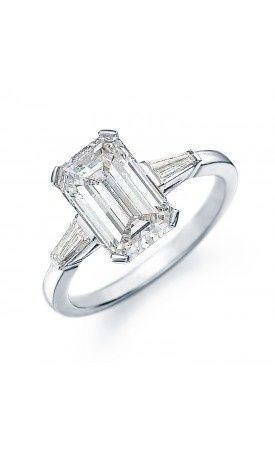 #emerald #cut #engagement #ring | #anello di #fidanzamento #taglio #smeraldo