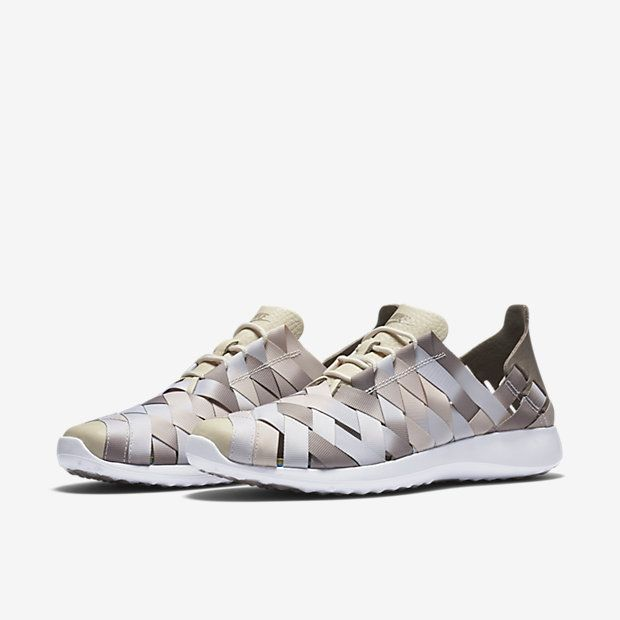 Nike Juvenate Woven Premium Women's Shoe