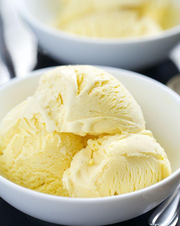 The Best Vanilla Ice Cream Recipe - RecipeChart.com