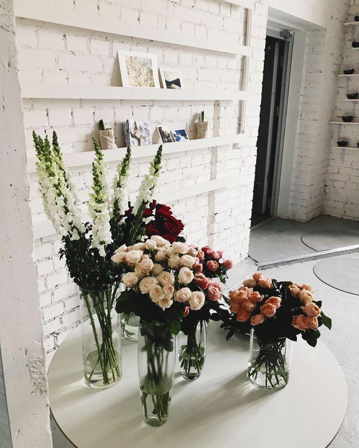 Best 25 Gift Shop Interiors Ideas On Pinterest: Best 25+ Flower Shop Interiors Ideas On Pinterest