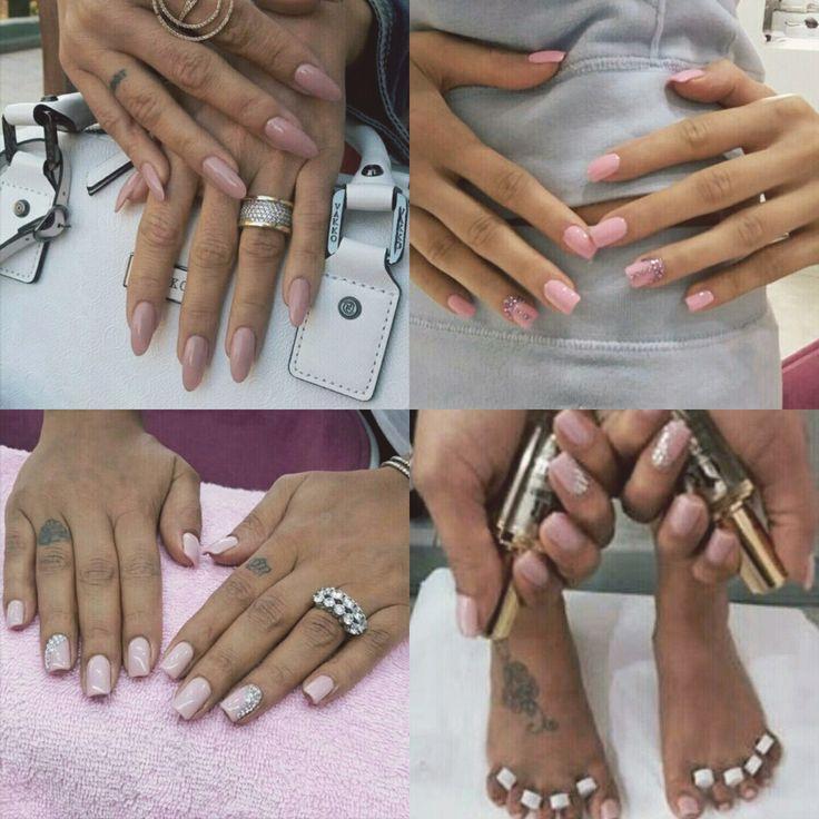 Tırnaklarınıza sanat katan tırnak uzmanı Tuncay Şengül'ün, protez tırnak uygulaması ve CarlottaRoux® Gel Polish ürünleriyle baştan yarattığı tırnaklar...  #CarlottaRoux #ProtezTırnak #gelpolish #beauty #jeloje #kalıcıoje