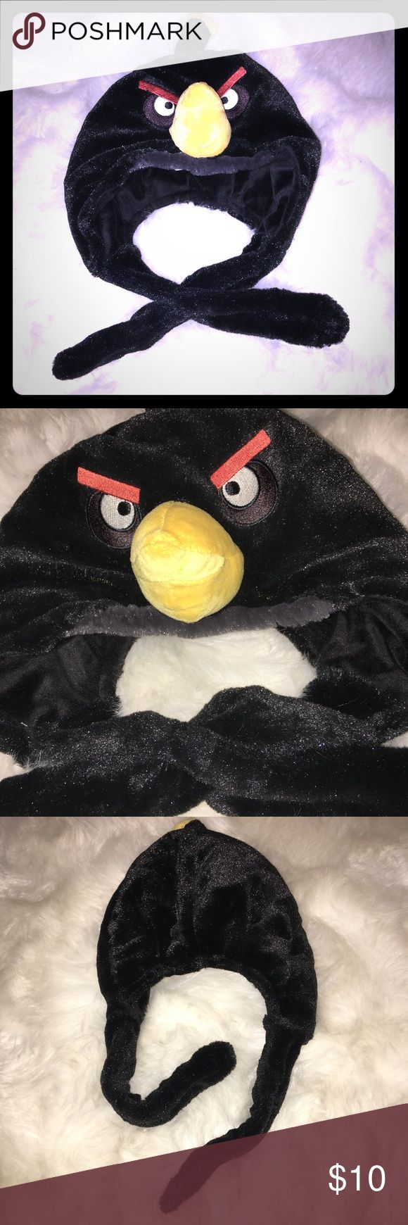 Angry Birds Plush, Novelty Hat - Black Bird Angry Birds Plush, Novelty Hat - Black Bird. In good preowned condition. ❌Sorry, No Trades❌ Accessories Hats