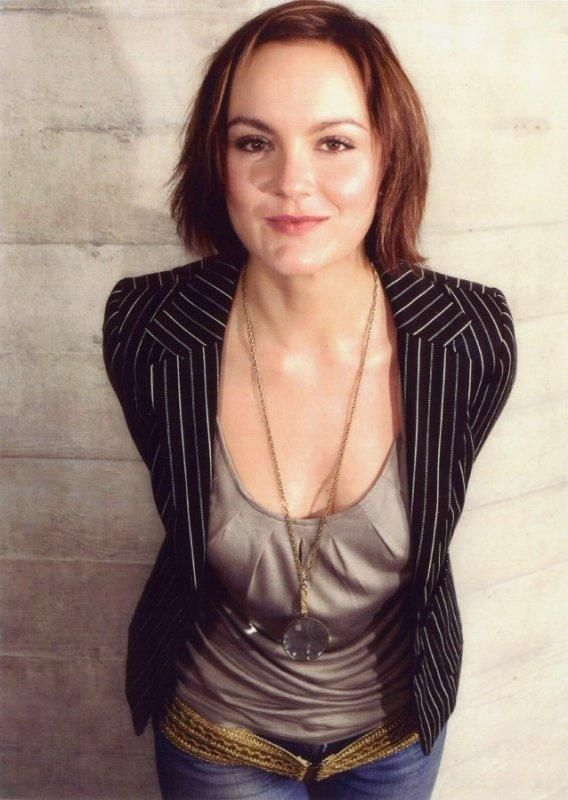 Rachael Stirling, my crush. Loved her in The Bletchly Circle. Also, loving her in Detectorists.