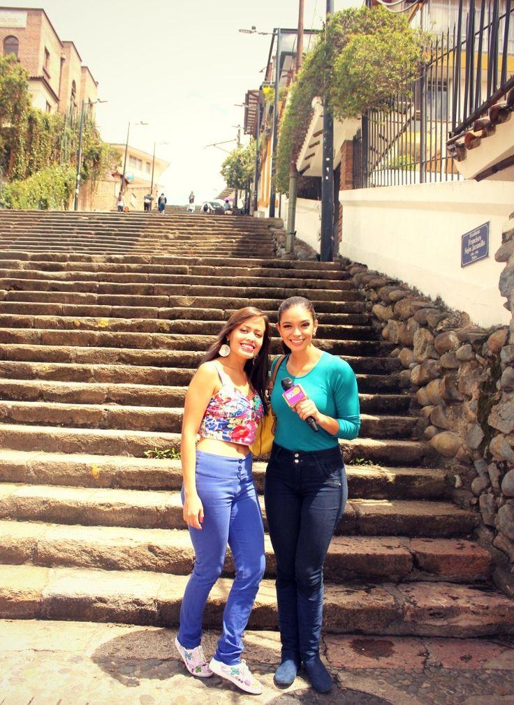 chicas cuenca, ecuador