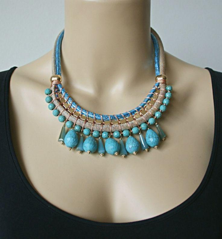 Mooie turquoise blauwe statement ketting van bijouterie merk Sweet7   #bijouterie #bijoux #statementketting
