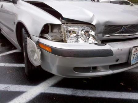 17 best images about bumper damage on pinterest cars we and australia. Black Bedroom Furniture Sets. Home Design Ideas