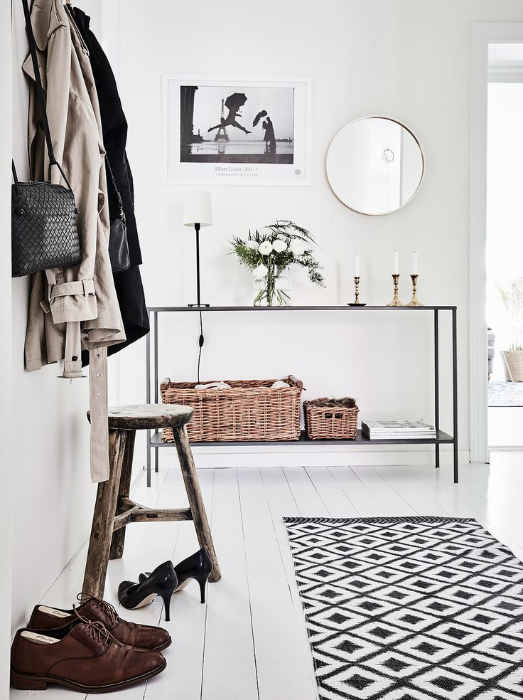 Scandinavian interior design, great idea to style and decorate an entryway. Are…