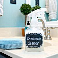 Homemade Bathroom Cleaner-cute website with lots of ideas......aaaaahhhhh but for another day