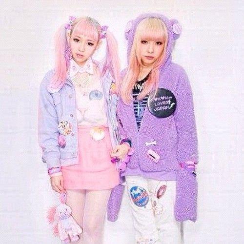 love it! kawaii japanese fashion