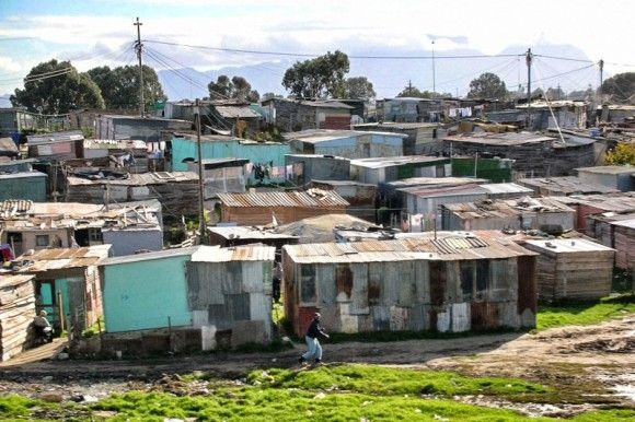 shantytowns in south africa, near cape town