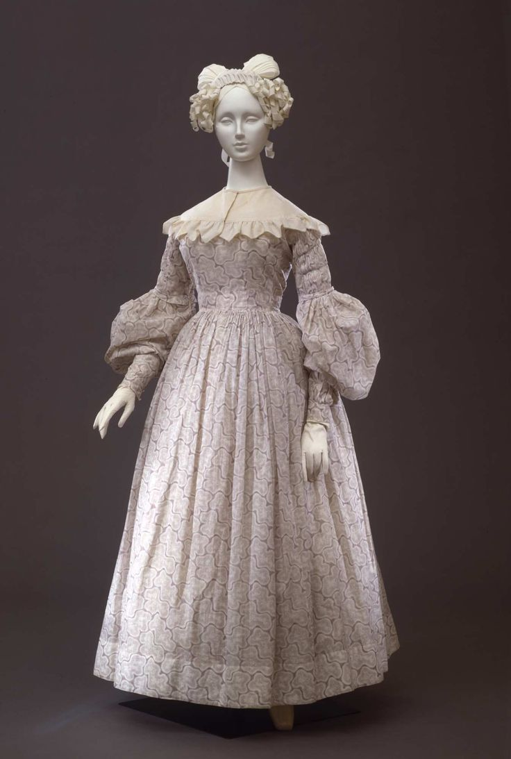 "Day dress in cotton batiste printed in lily ""marbré"" pattern; French manifacture, 1835-1838 ca. Collection Galleria del Costume di Palazzo Pitti. All rights reserved. Photo: Gabinetto fotografico..."