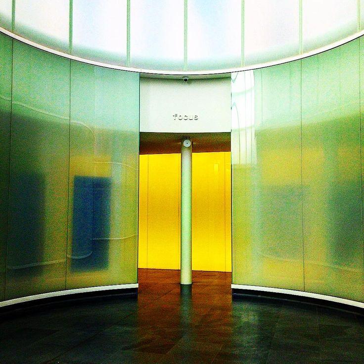 MILANO.  MUDEC.  Le porte gialle su aprono sempre #milano #milanocity #milanodaclick #milano_forever #igersmilano #ig_milano #loves_milano #instamilano #milanodavedere #volgomilano #colors #noidimilano #lucianotramannoni #museo #onephotoaday #lucianotramannoni by luciano.tramannoni