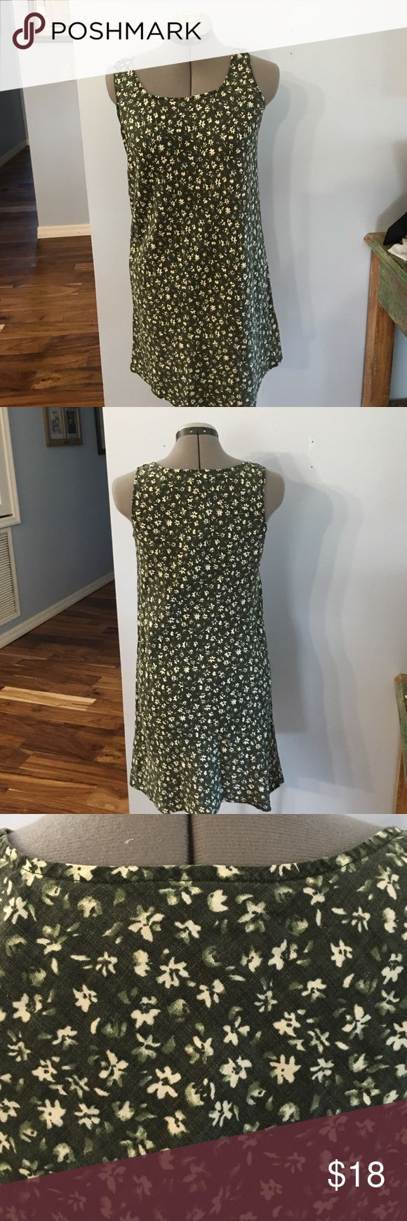 Abercrombie & Fitch dress Great condition. No tears or stains Abercrombie & Fitch Dresses