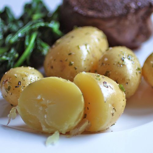Steamed Potatoes - no butter, obv
