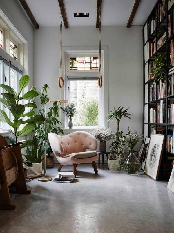 Precioso rincón de lectura con natural vibes.