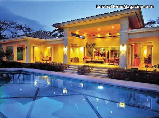 Hawaii luxury homes hawaii luxury real estate luxury for How much to build a house in hawaii
