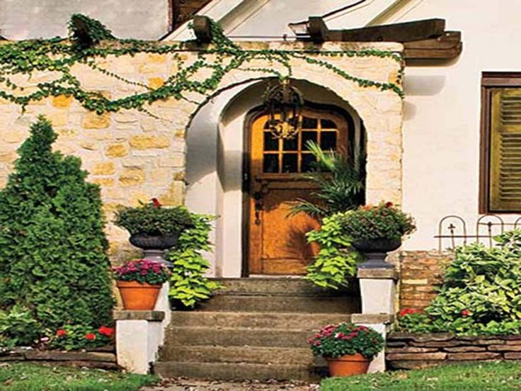 Traditional Front Doors Designs Ideas ~ http://www.lookmyhomes.com/best-font-door-design-ideas/