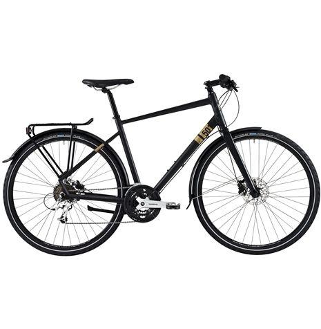 Nishiki City 501 är en gedigen och påkostad allroundcykel. Komponenterna är noggrant utvalda för att ge rolig cykling, men samtidigt klarar den av alla våra svenska årstider.