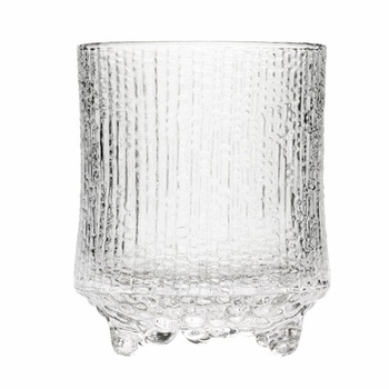 """Started trying to pick up vintage Iittala """"Ultima Thule"""" glasses. They make me feel nostalgic since my godparents have them."""