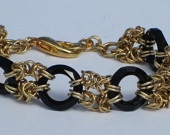 Lovely chain maille bracelet with Swarovski elements.
