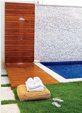 Seja no jardim ou à beira da piscina, eles fazem toda a diferença naqueles dias de calor. Escolha um estilo, ainda dá tempo! ...