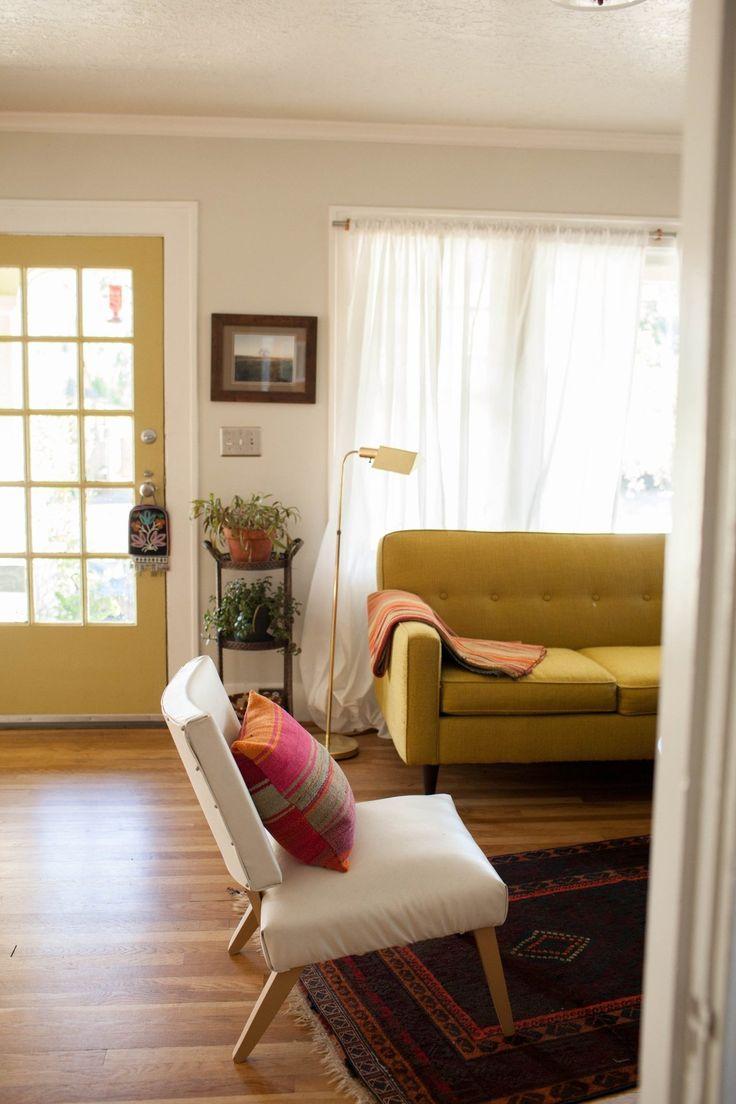 House Tour  A Cozy   Eclectic Portland Bungalow  Bungalow DecorBungalow  HomesSmall. Best 25  Small bungalow ideas on Pinterest   Bungalow decor  Small