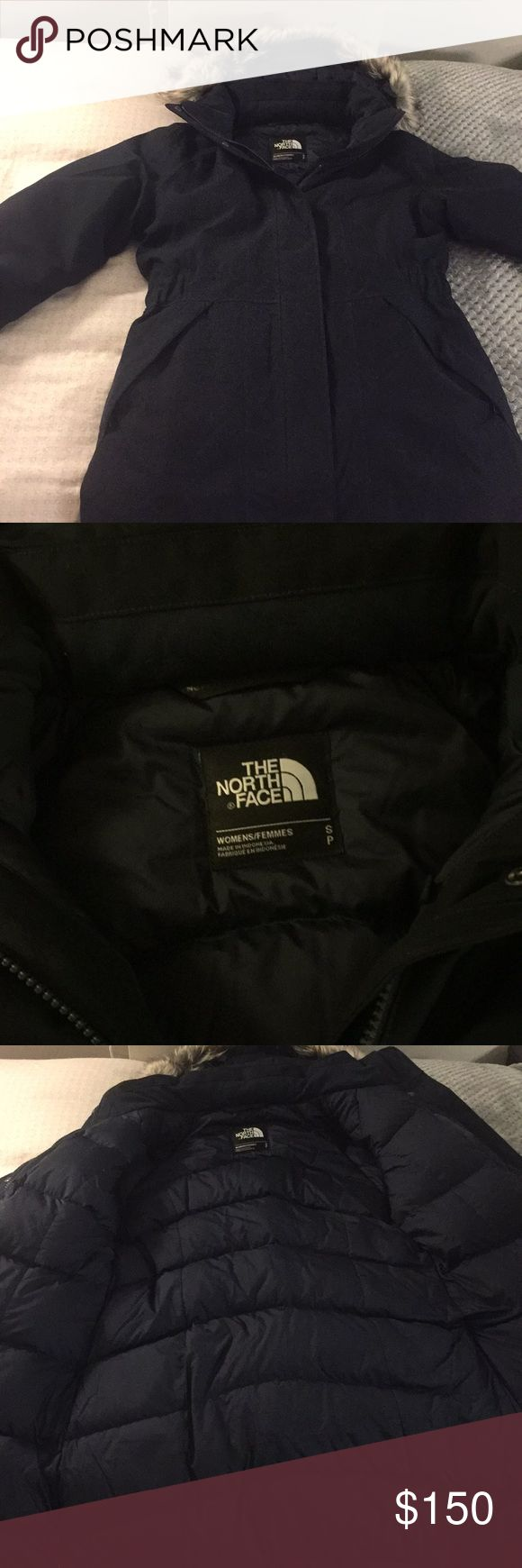 The North Face Winter Artic Parka - Size S Navy Winter Artic Parka waterproof Size S but can also be worn for M. Only worn twice because of travelling to Canada. This parka is beautiful and perfect for cold and extreme cold weather conditions. Designed for City, Breathable, Insulated, Waterproof, windproof The North Face Jackets & Coats Puffers