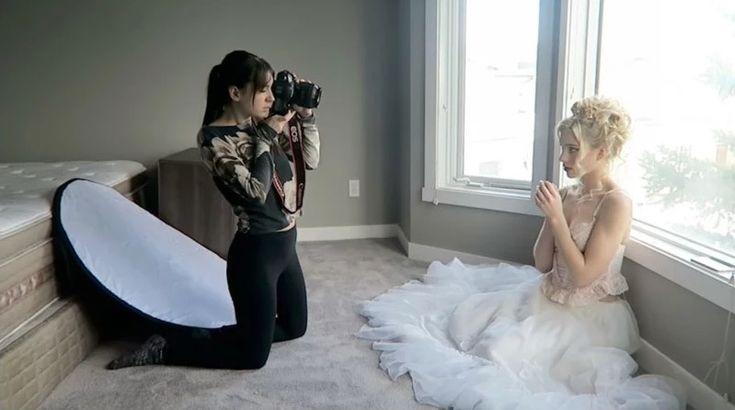 Как снимать портреты в комнате с помощью отражателя и естественного света
