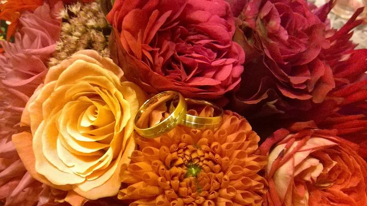 wedding rings https://www.facebook.com/pages/B%C3%B6jte-%C3%89kszer/205360426152939
