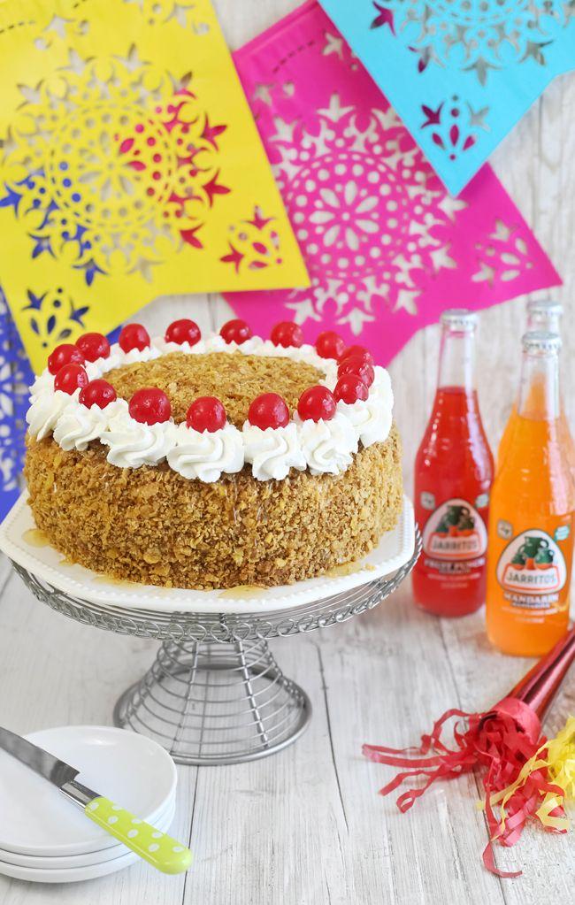 Layer Cake à la crème glacée frite   Saupoudrer Bakes