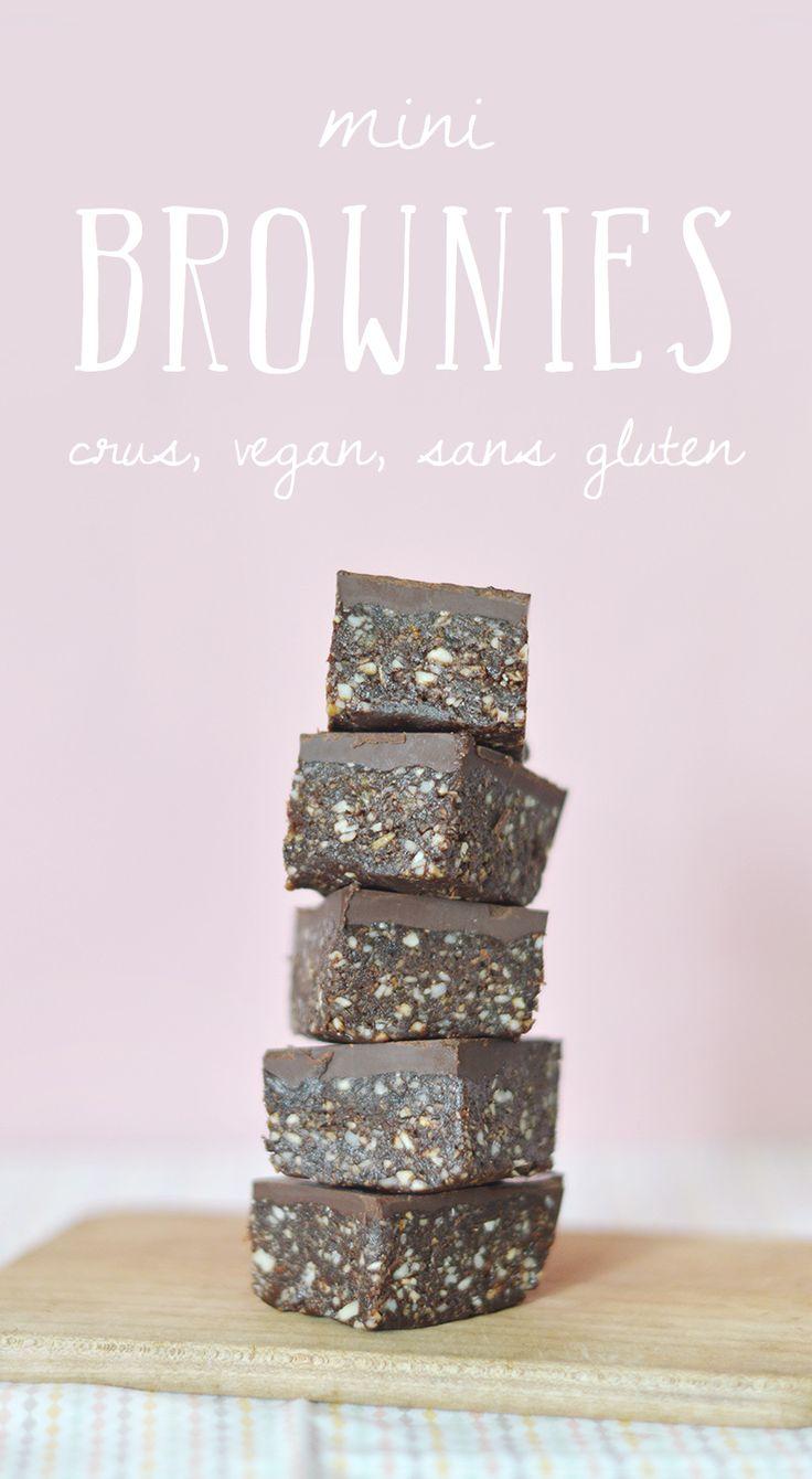 Voici ma recette de base de brownie cru, vegan et sans gluten que vous pouvez décliner en fonction des ingrédients que vous avez sous la main ! www.sweetandsour.fr